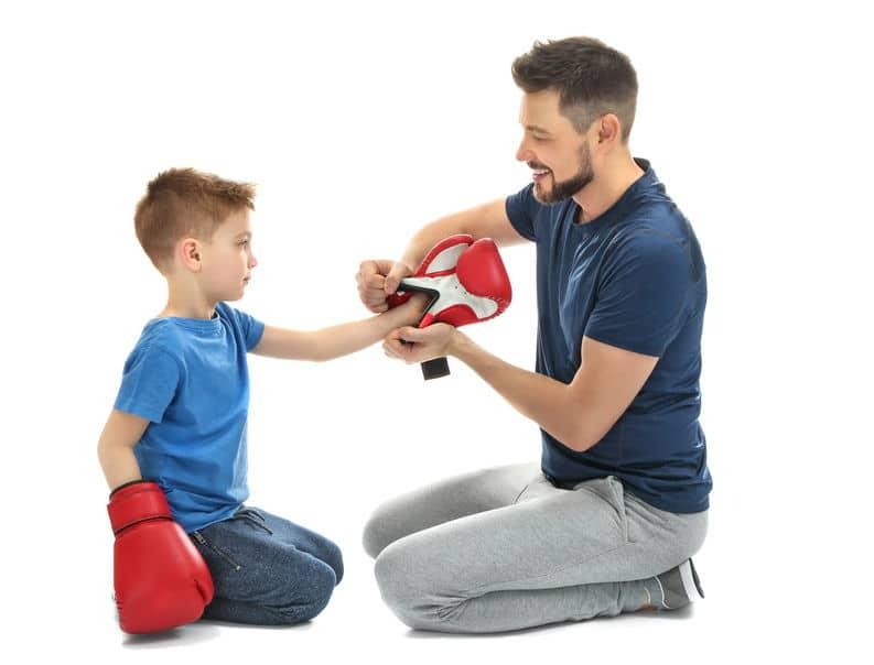 Vater und Kind beim EL-KI-DO Eltern Kind Karate in Remscheid
